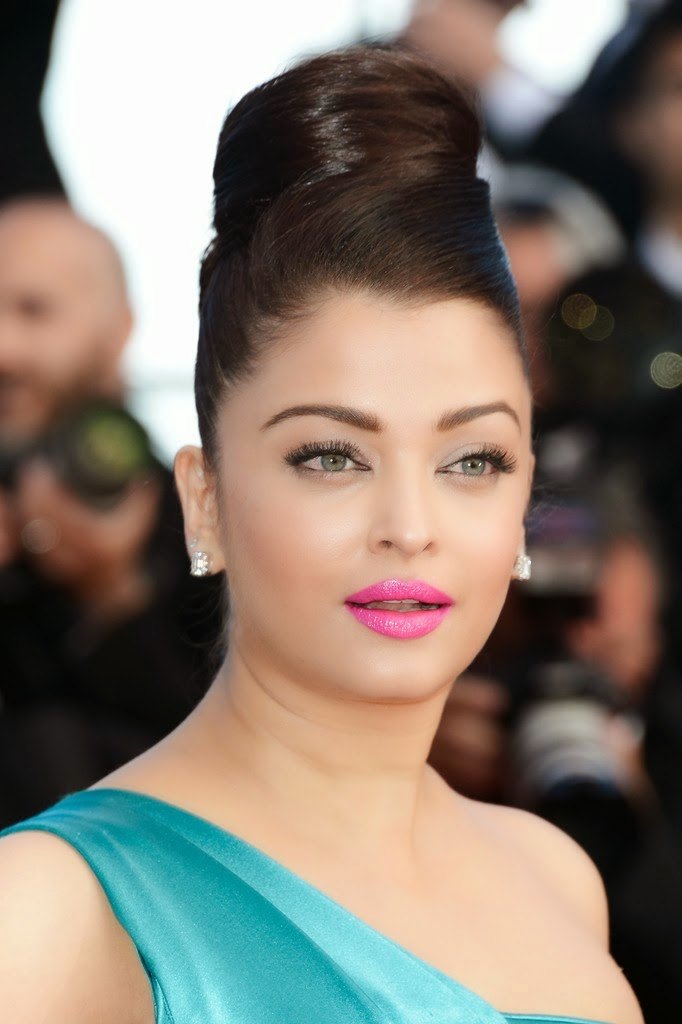 Aishwarya Rai Hot unseen latest HD Wallpapers
