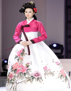 Korean Women Traditional