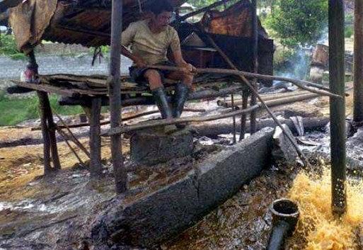 Minyak Di Desa Gempol Kolot Jatisari Karawang