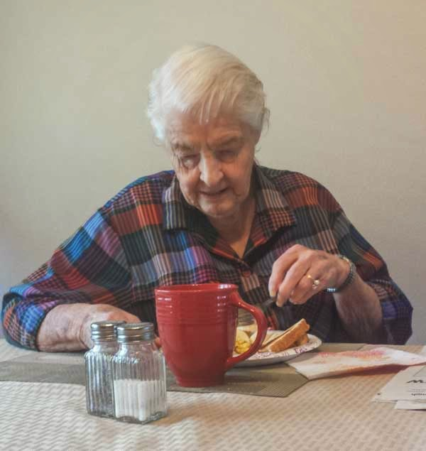 Alzheimer's sufferer eating