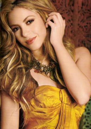 shakira laundry service album cover. 2010 Shakira - Laundry Service