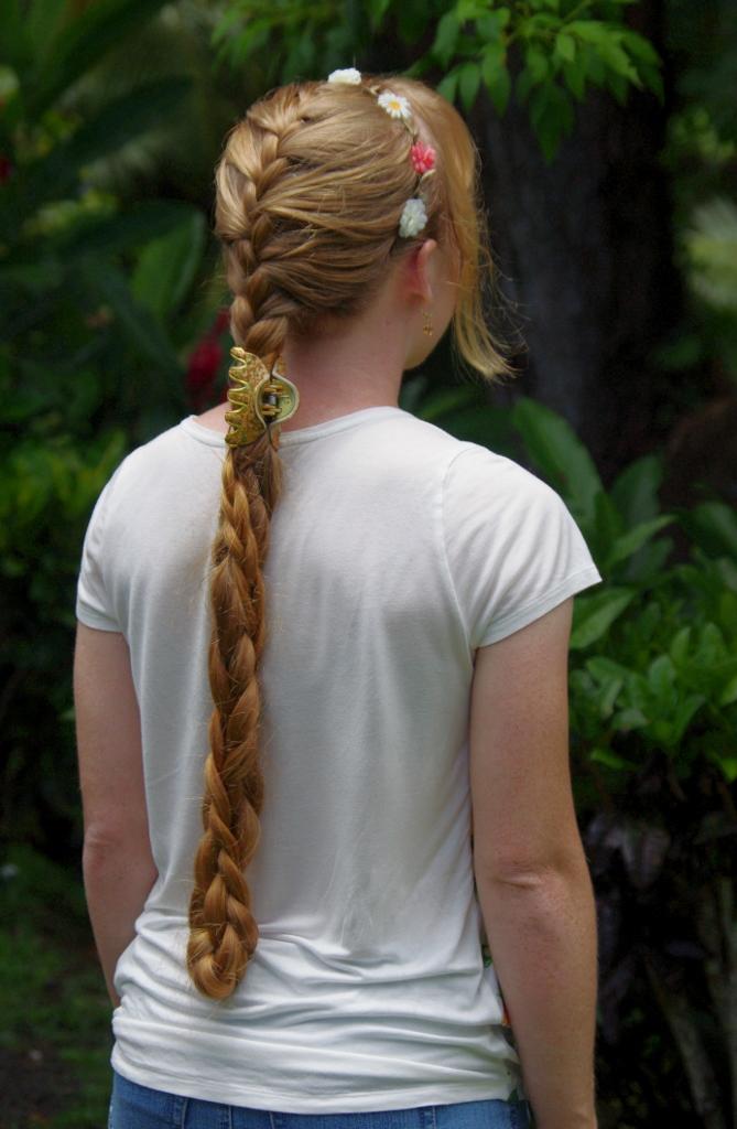 French braid flower
