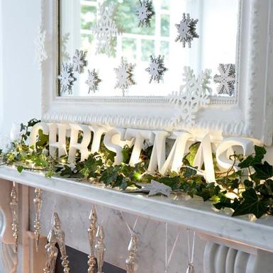 Belle maison christmas decorating theme natural wonderland for Nature decor