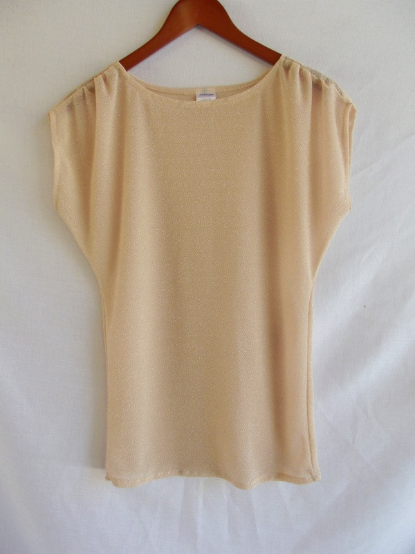 Morning By Morning Productions Gathered Dolman Sleeve Top Tutorial