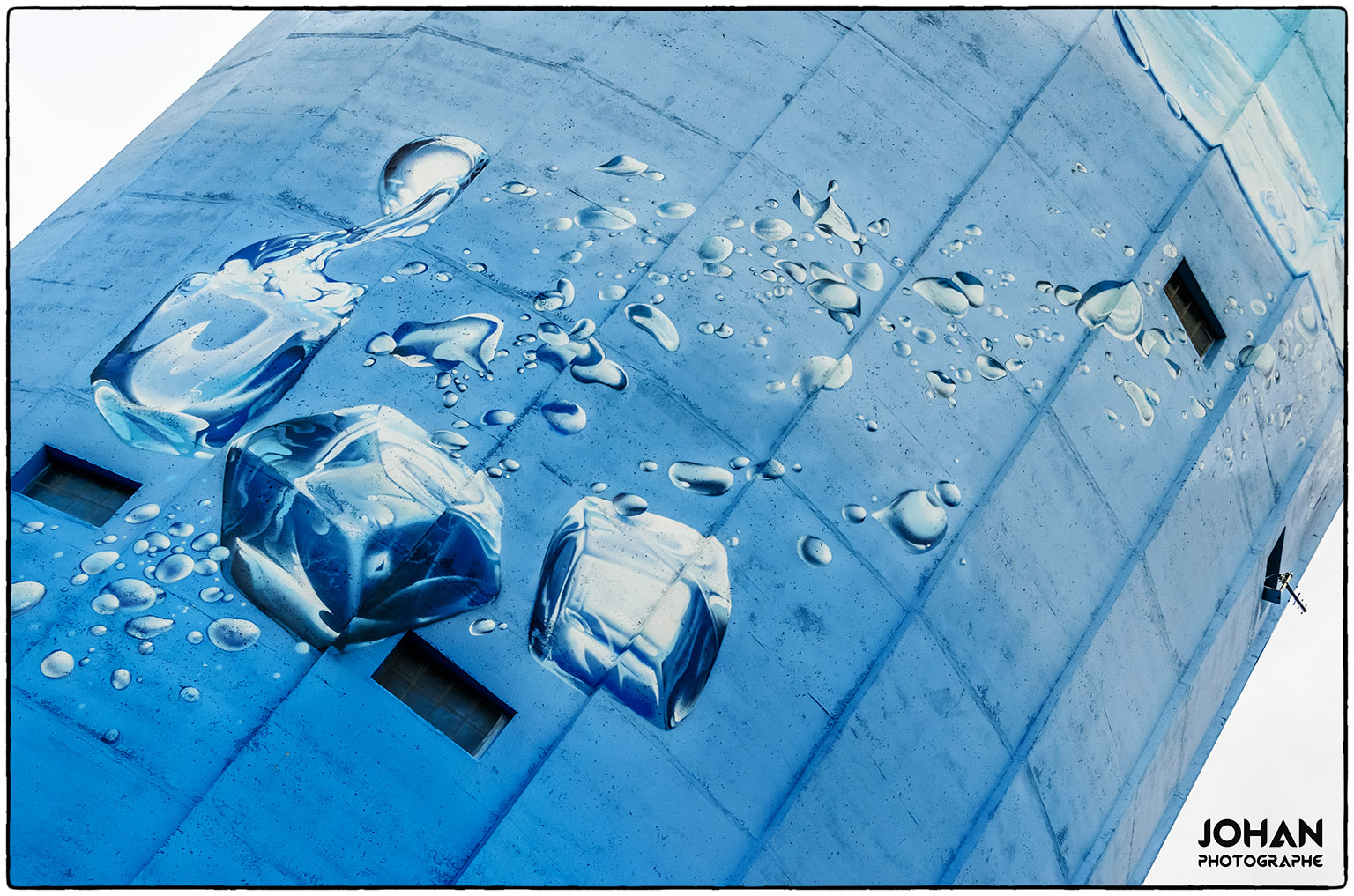 http://1.bp.blogspot.com/-1UrvdYAajS4/UtpzHIiPigI/AAAAAAAAFW4/rBiiMD0e0Sk/s1600/Ch%C3%A2teau+d'eau+Servian+04.JPG