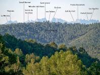 Panoràmica de Montserrat des de la Costa de la Frau