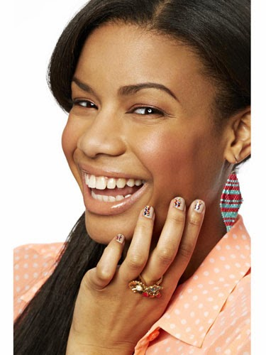 Nail Art Ideas To Pump Up Your Prom Mani 7