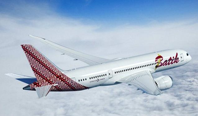 Foto Gambar Pesawat Terbang Batik Air Lines 10