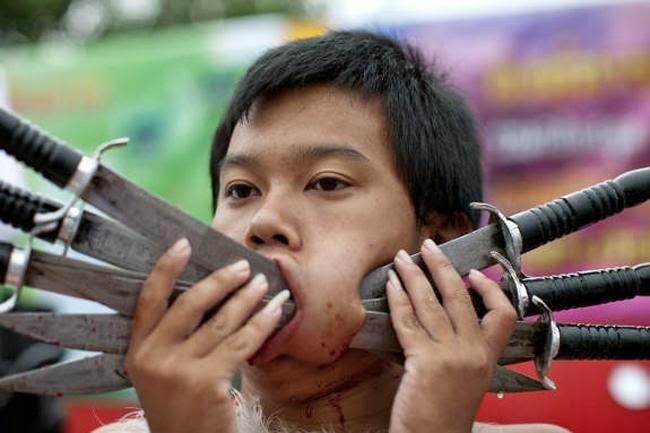 Lễ hành xác - những lễ hội ở Thái Lan