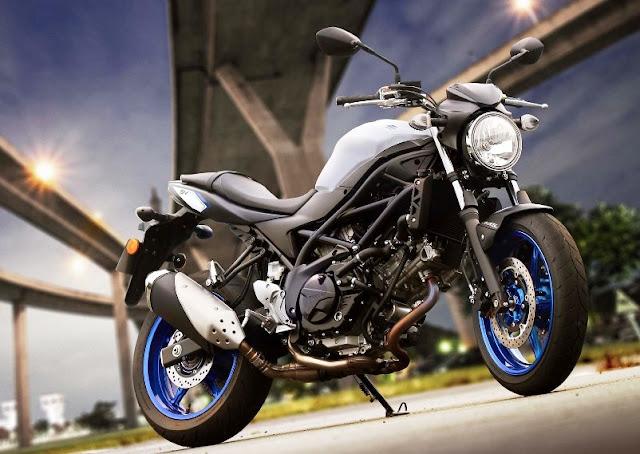 Suzuki resmi memperkenalkan Suzuki SV650 2017 . . naked bike dengan desain simpel