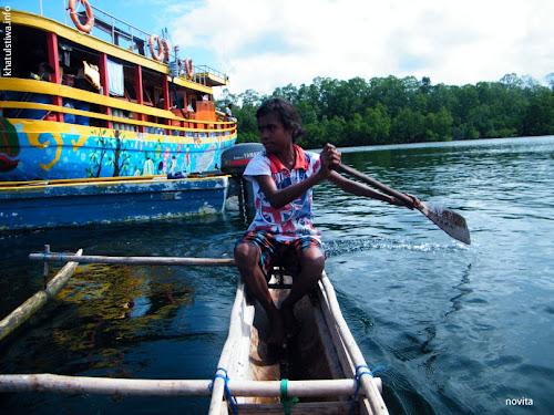 perahu lokal