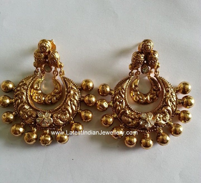 Gold Nakshi Chandbalis