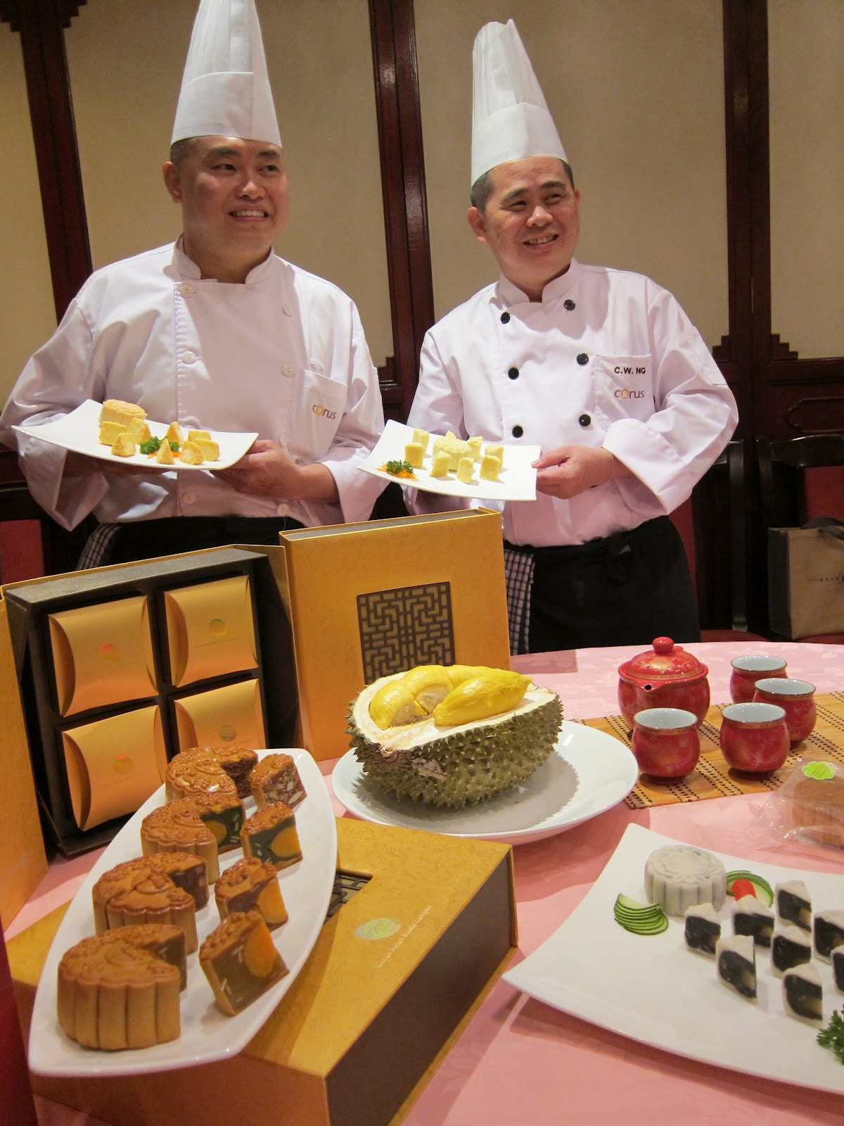 Experience The Best Teppanyaki Cooking Art Performance by ...