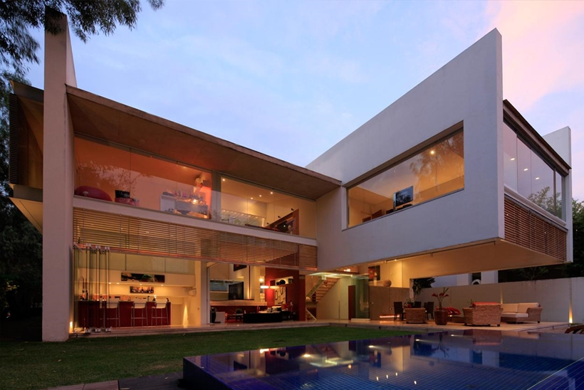 Backyard of Godoy House by Hernandez Silva Arquitectos in Mexico