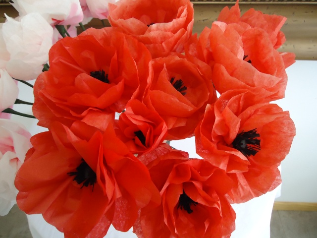 12 gorgeous tissue paper flower tutorials lines across tissue paper poppies from colleens creations mightylinksfo