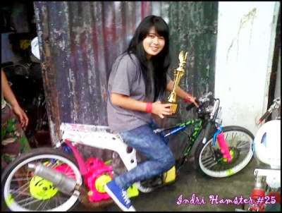Profile Lady Dragster, Indri Barbie 17thn