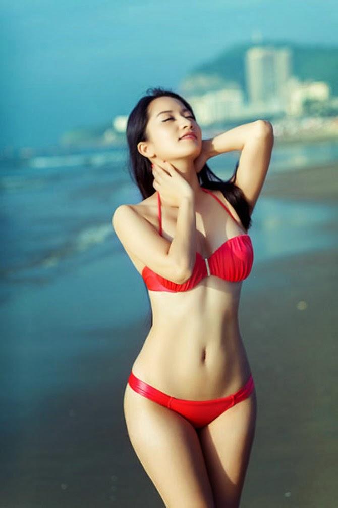 Xem Vẻ đẹp sexy của Khánh Thi
