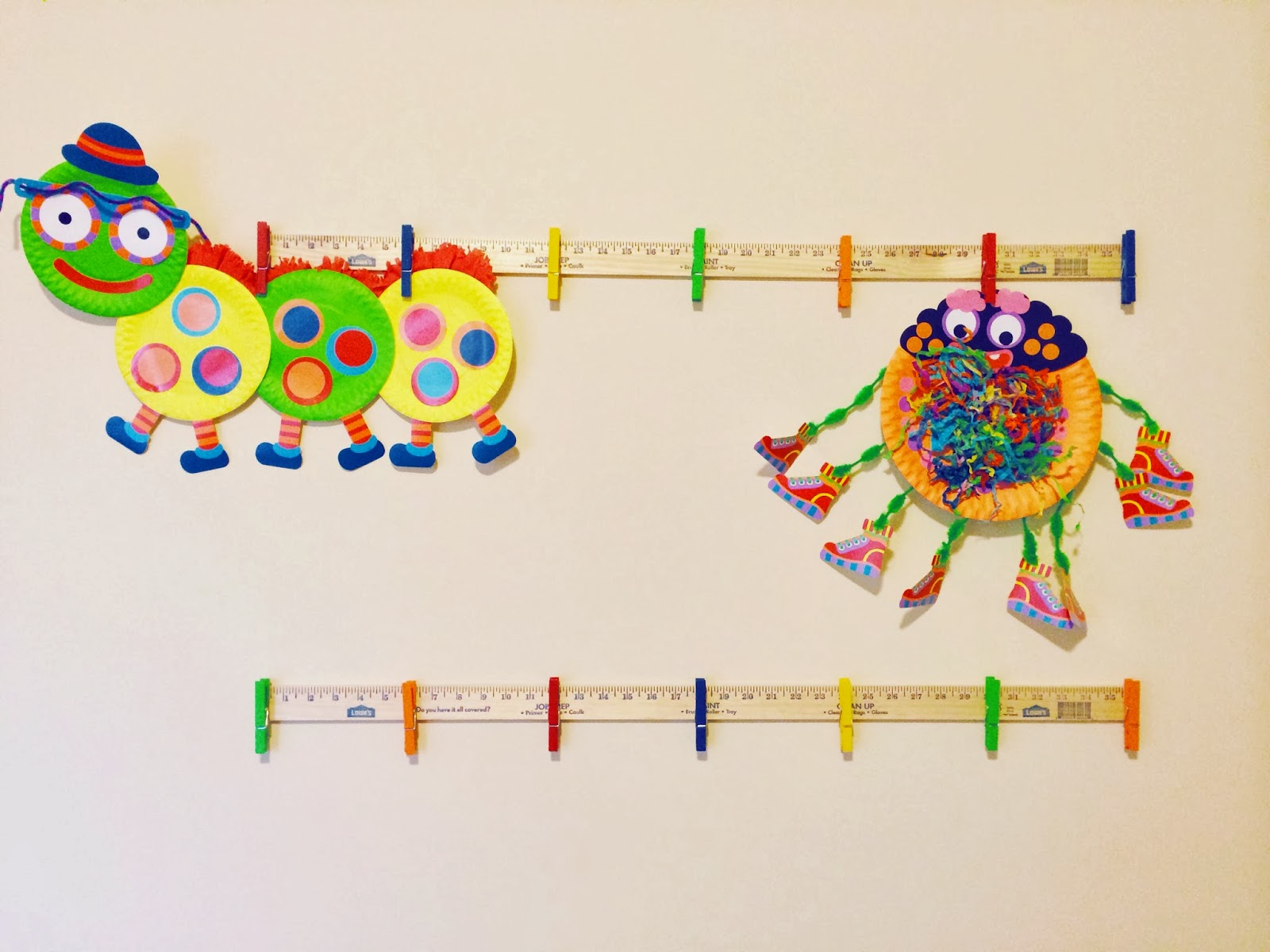 simple diy, kids art display, playroom art display