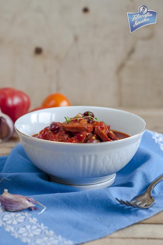 Chorizo w sosie pomidorowym