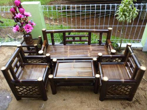 Kerajinan Kursi Bambu