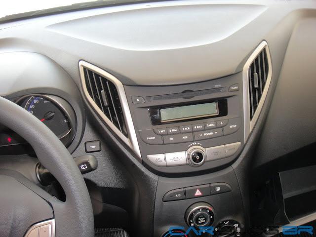 carro HB20 Hyundai Automático - sistema de Som