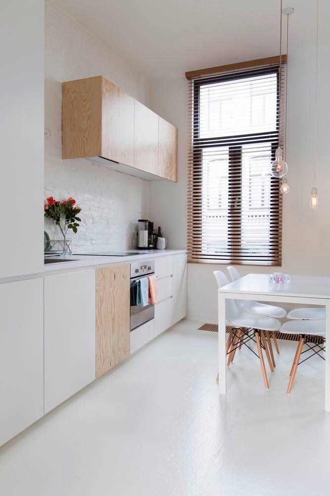 10 cocinas blancas y peque as diariodeco for Cocinas bonitas blancas