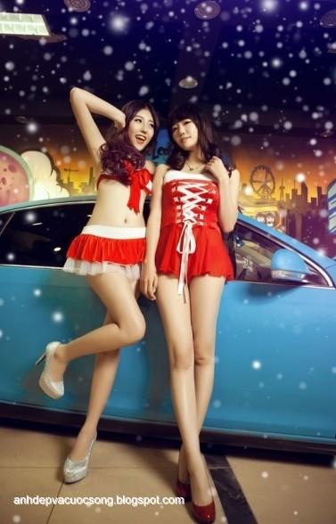 Hình ảnh người mẫu xe mừng giáng sinh
