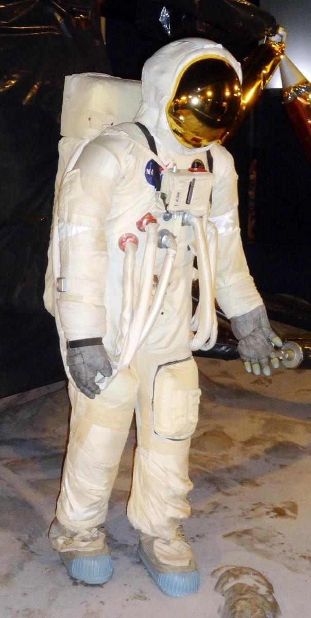 apollo 13 space suit - photo #39