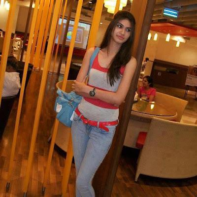 Pakistani Sexy Girl in Murree