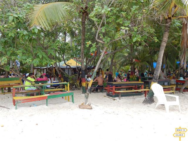 Restaurante em Johnny Cay