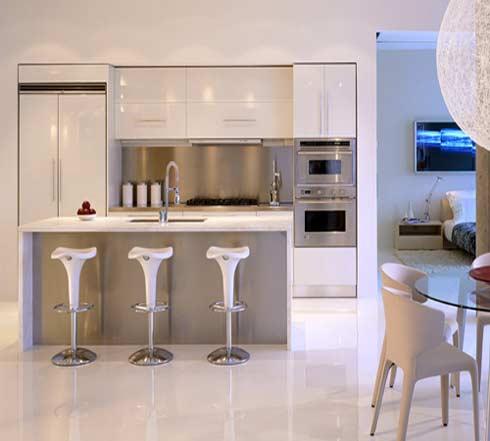 branco é uma escolha certeira para pequenos espaços e acompanhado