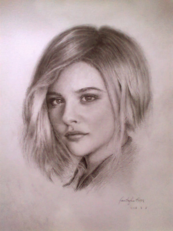 Chloe Moretz Gallery