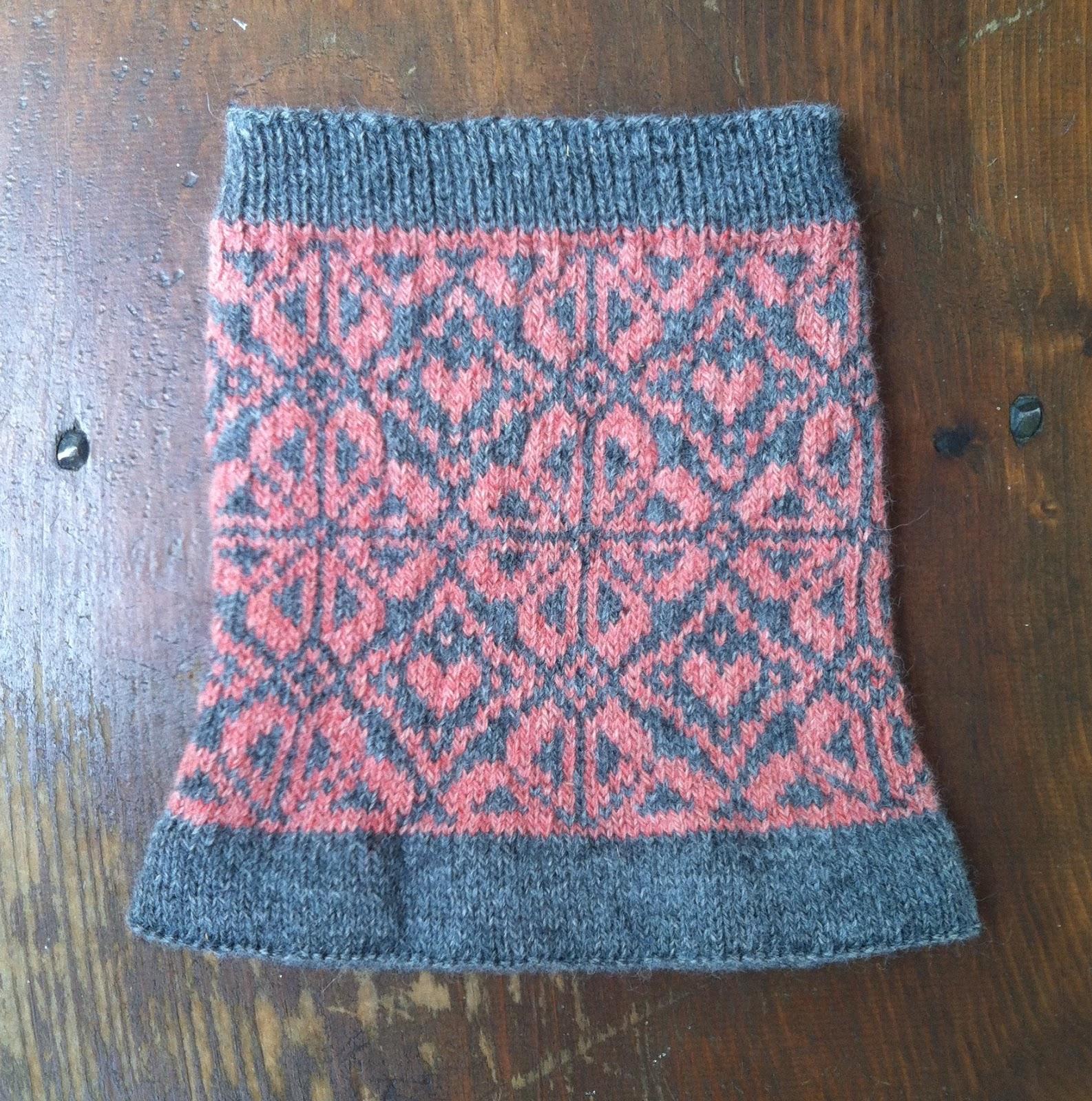 anna knits, etc.: anna knits - fair isle cowl update 2