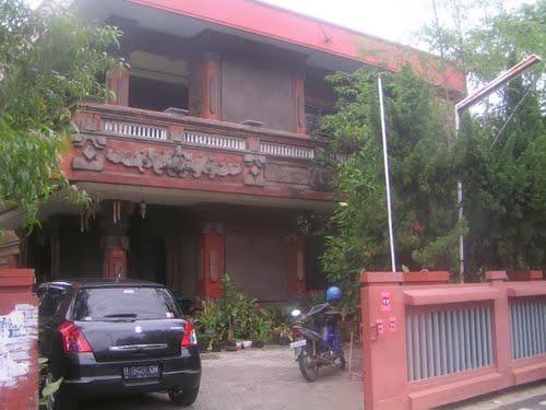 Berada Di Jalan Indraprasta Hotel Merupakan Salah Satu Melati Yang Dekat Dengan Tugu Muda Atau Lawang Sewu