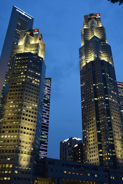 Singapore by night scyscrapers