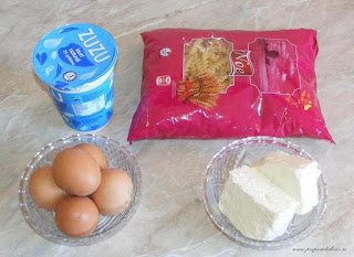 ingrediente macaroane cu branza la cuptor, ingrediente budinca de macaroane ci branza la cuptor, retete culinare, retete cu paste fainoase, preparate din paste fainoase, preparate culinare, cum se face budinca de macaroane si branza la cuptor,
