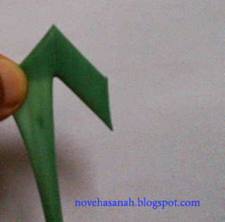 sedotan plastik bentuk anak panah