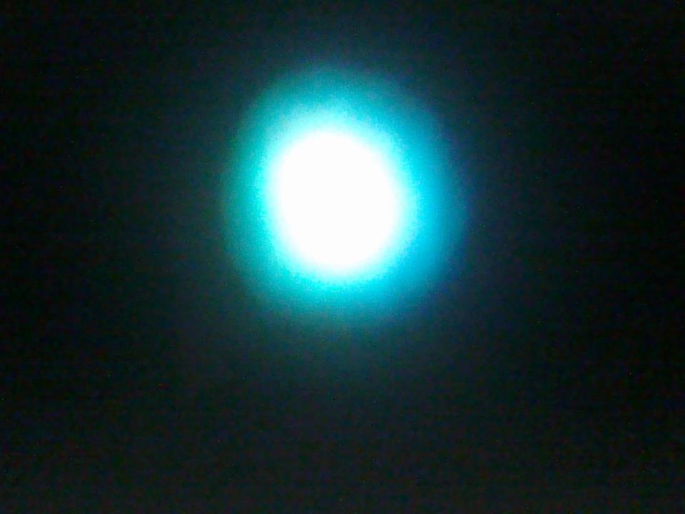 Atencion-25-septiembre-26-27-28-20...2011 Esfera ovni multi formas azul  sec,ufo...