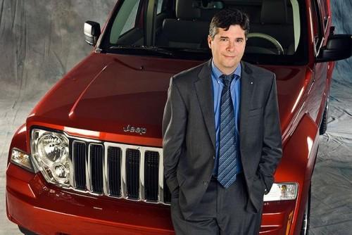 Apple contrata Doug Betts ex-diretor da Chrysler