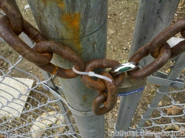 hình ảnh hài hước về khóa