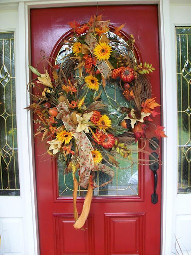 Fall Wreath by The Everyday Home #burlap #wreaths #crafts #DIY #michaels