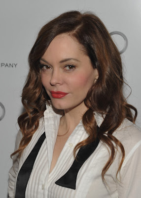 Rose McGowan Long Wavy Cut Hairstyle