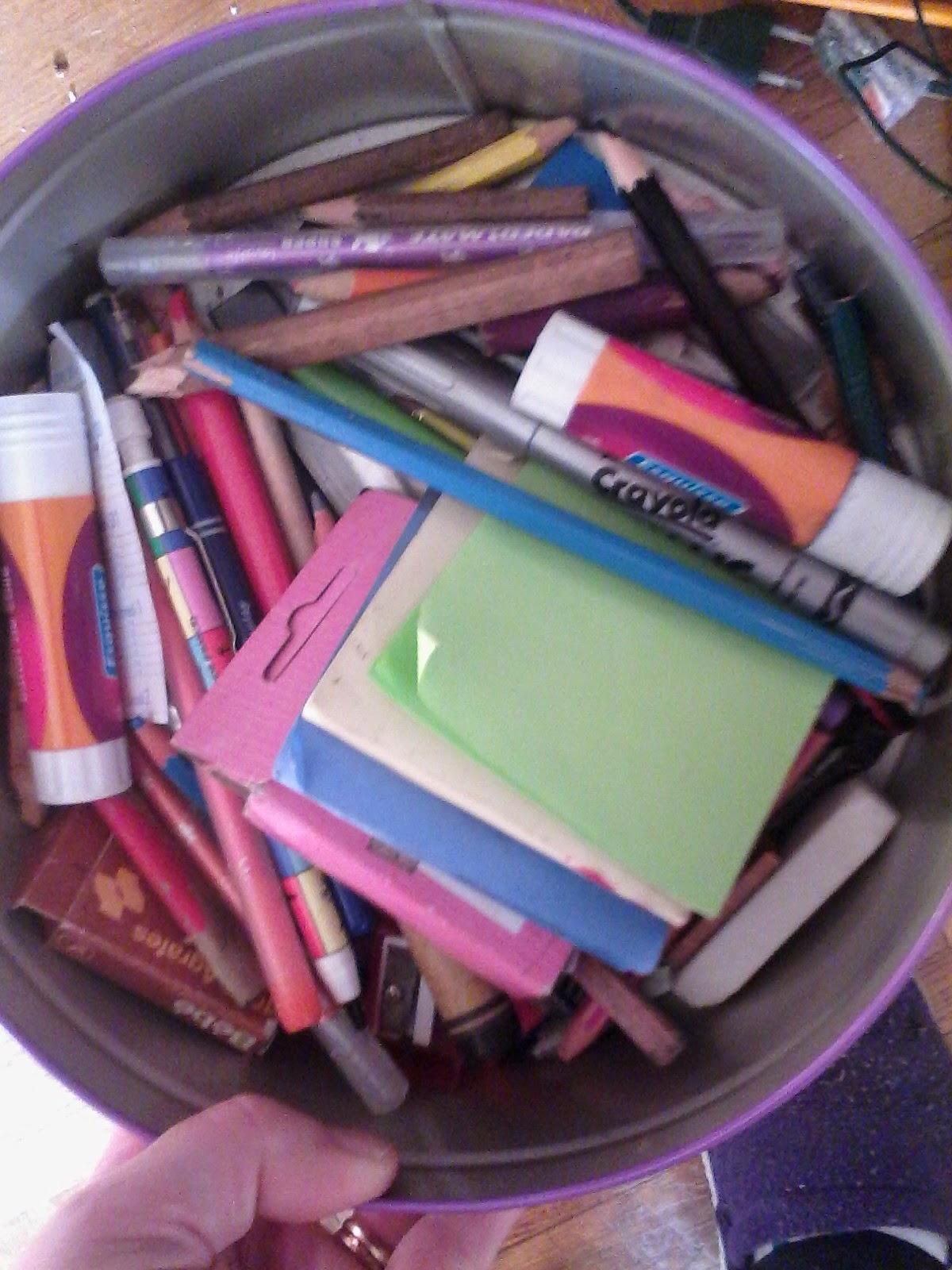 rentrée crayons trier boîte trousse école