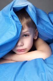 هل يعاني طفلك من التبول اللاإرادي أثناء النوم
