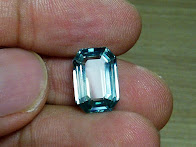 7ct NATURAL BI COLOUR ANTIQUE ZIRCON