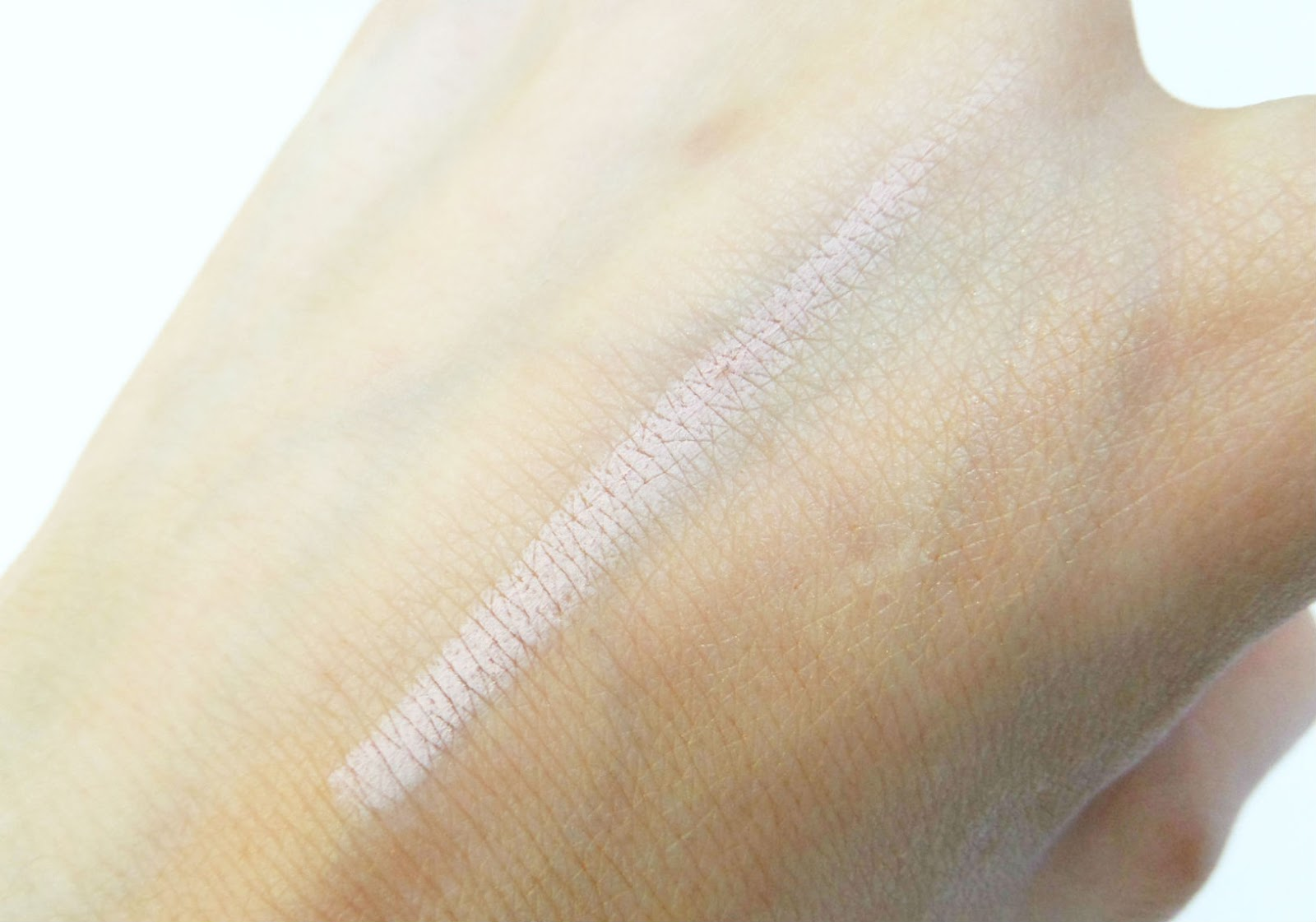 Benefit Cosmetics High Brow Pencil the swatch