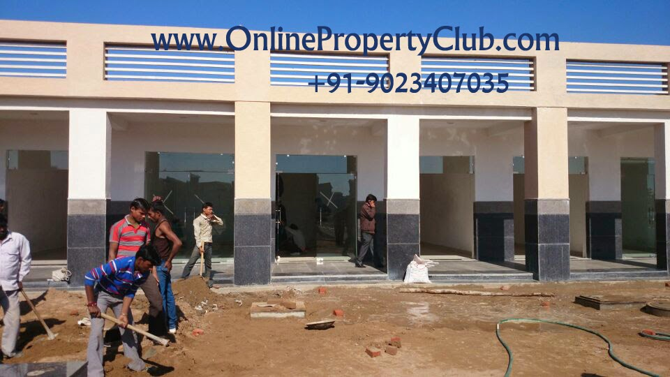 Booths in Omaxe Mullanpur 9023407035 commercial property