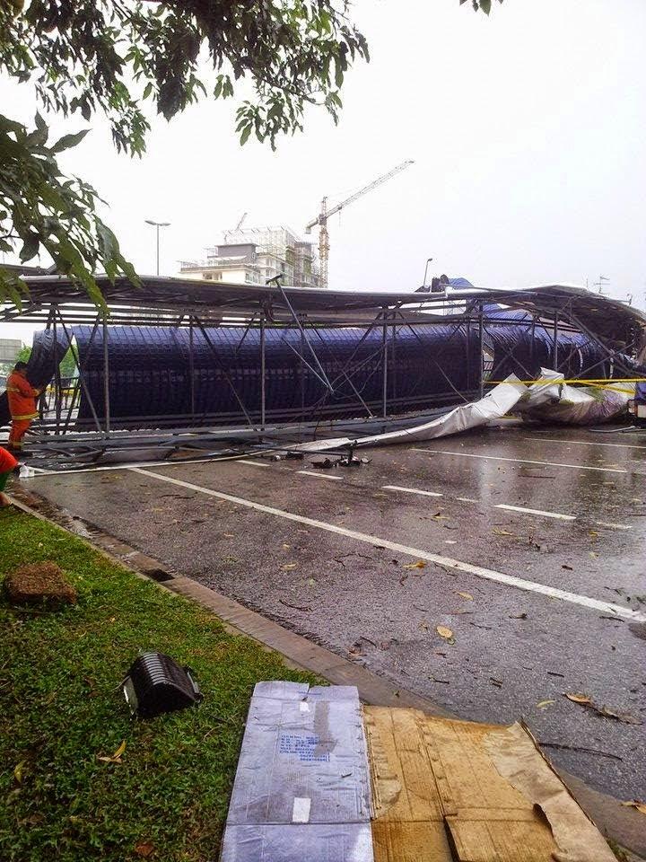 Kejadian Runtuhan Jejantas Pejalan Kaki Di Lebuhraya Pasir Gudang Runtuh, (GAMBAR) Jejantas Lebuhraya Pasir Gudang Runtuh, Jejantas Pejalan Kaki Runtuh, Runtuhan Jejantas Di Johor, Kejadian Runtuhan Jejantas