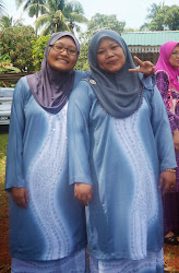 me and my mum..^^