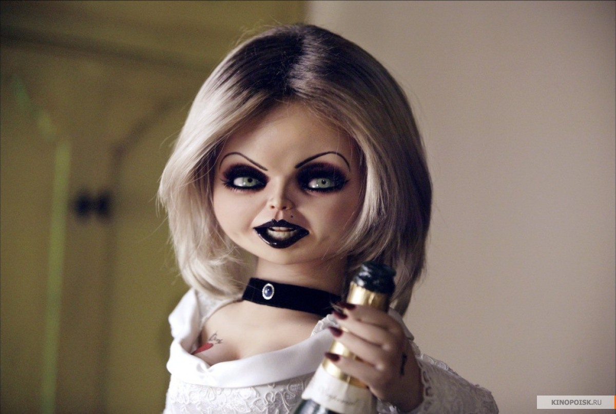 Tiffany - Chuckys Bride Make Up Tutorial
